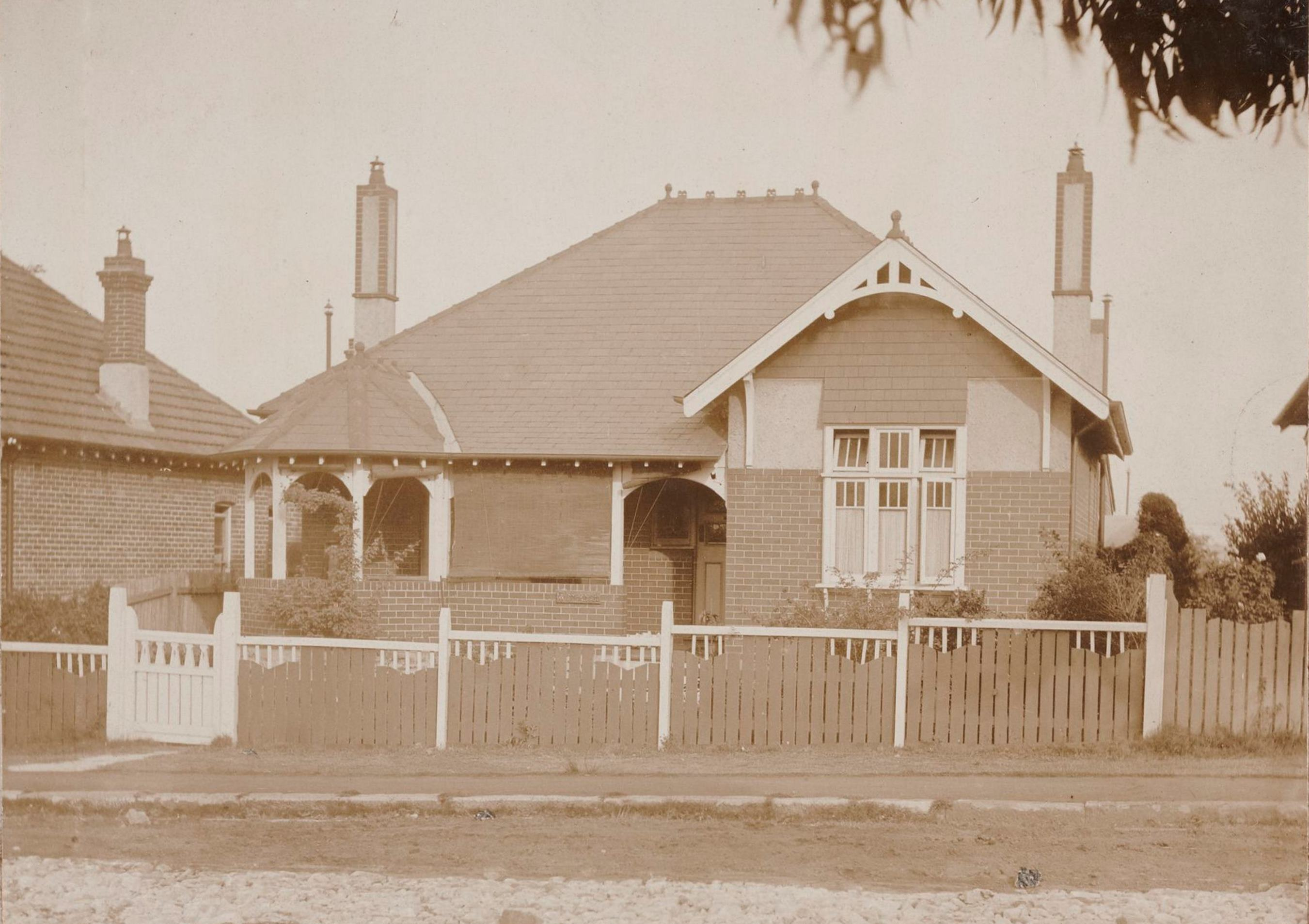 Winmarleigh, 17 Rogers Avenue, Haberfield, N.S.W. around 1913 / photographer unknown