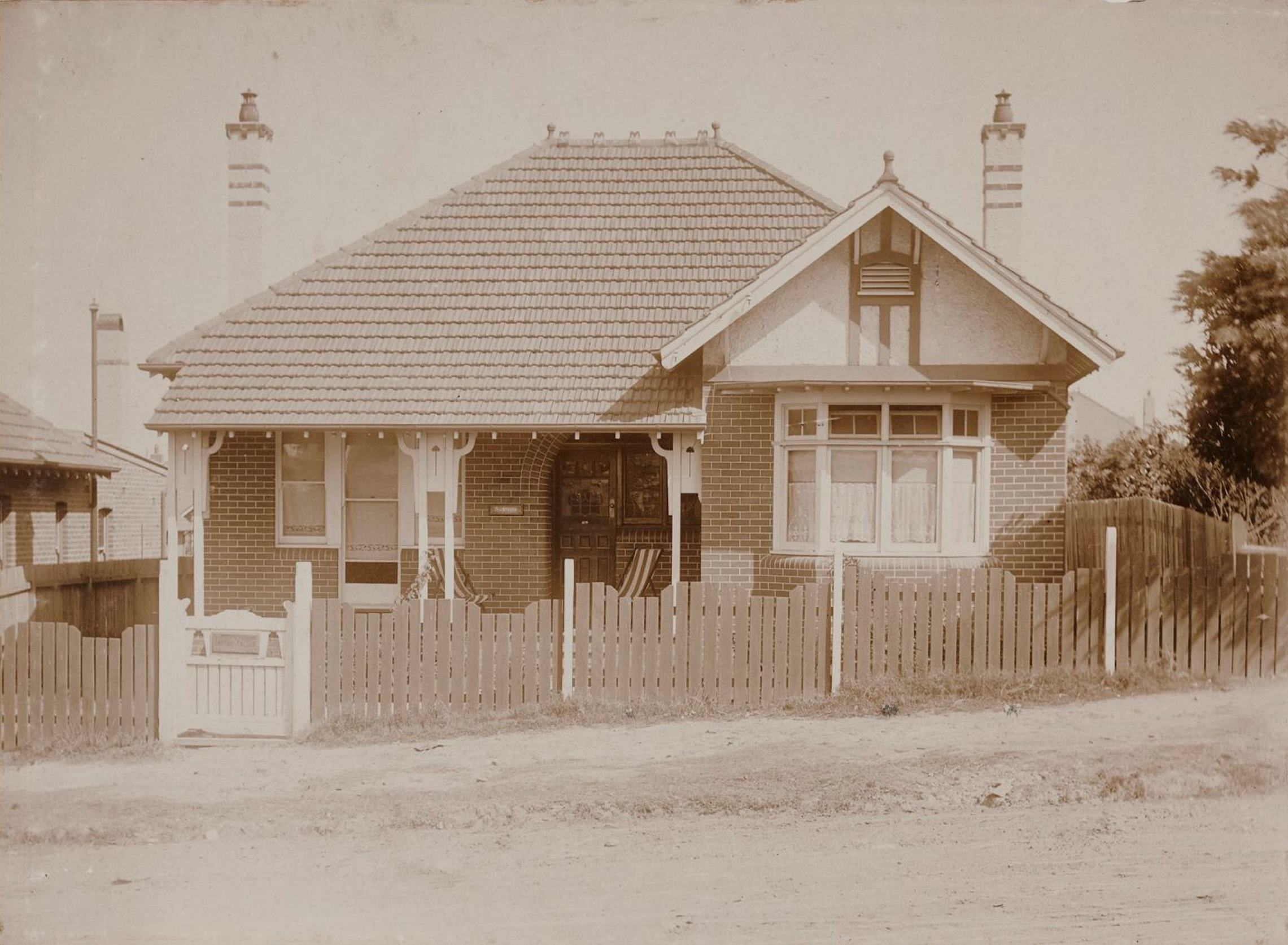 Scarboro, 174 Alt Street, Haberfield, N.S.W. around 1913  / photographer unknown
